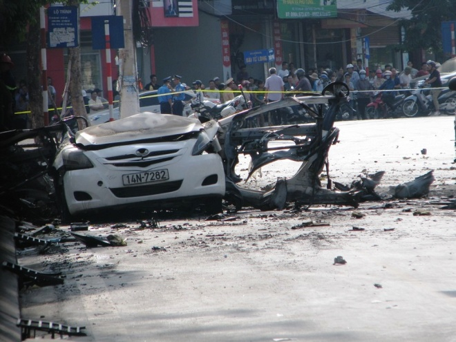 bomb-blamed-for-vietnam-taxi-blast-suicide-suspected-2