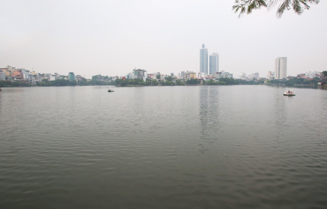 hanoi-lake-returns-to-life-after-mass-fish-deaths