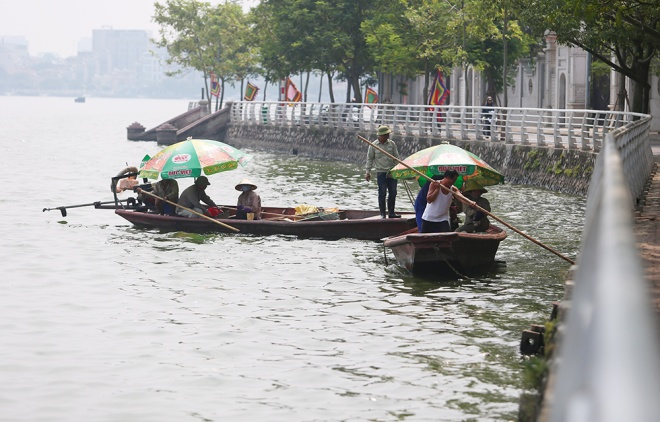hanoi-lake-returns-to-life-after-mass-fish-deaths-4