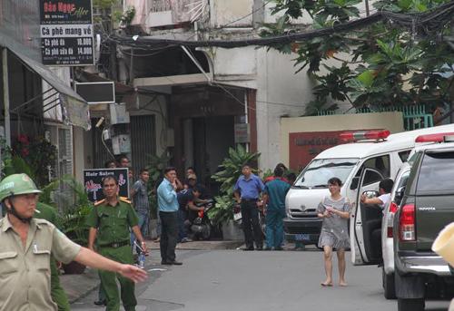 Vietnam militiaman found dead next to gun in office