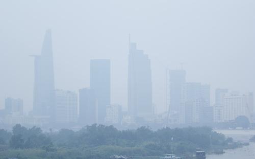 Smoggy Saigon raises health concerns
