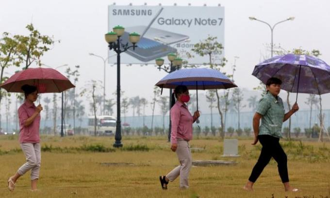 Samsung Vietnam says no cuts in jobs this year despite Note 7 woes
