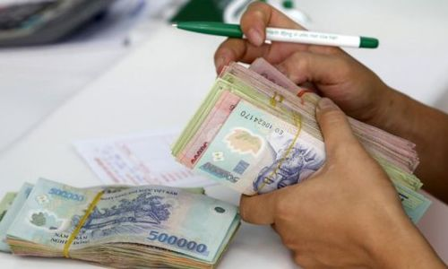 Vietnam tightens grip on debt-collecting business