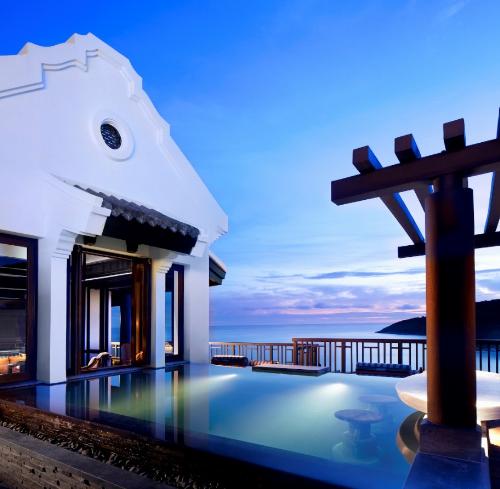discover-intercontinental-danang-resort-in-vietnam-1