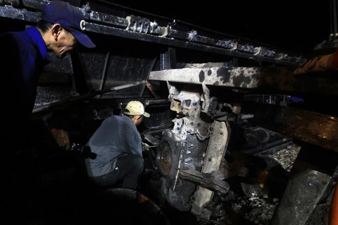 train-crash-in-central-vietnam-severs-north-south-railway-6