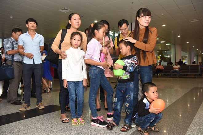 vietnamese-sailors-finally-home-four-years-after-being-taken-by-somali-pirates-ed