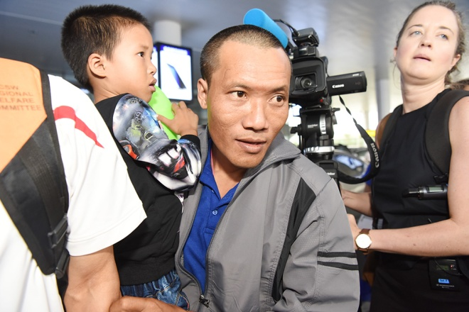 vietnamese-sailors-finally-home-four-years-after-being-taken-by-somali-pirates-ed-2
