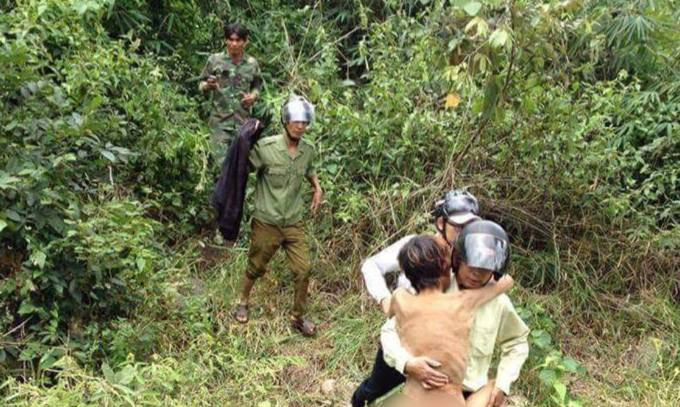 Man lost in Vietnamese forest for 4 days returns home safe