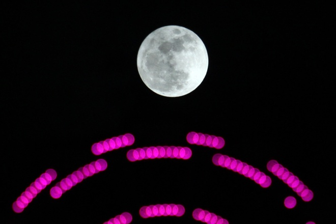 best-photos-of-supermoon-from-vietnam-1