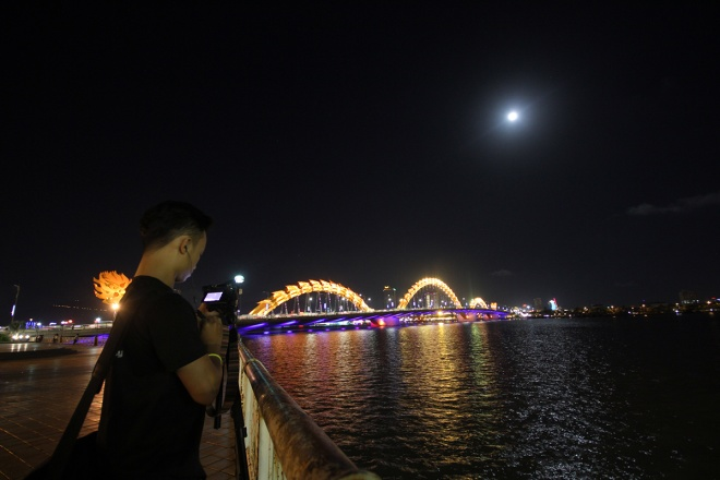 best-photos-of-supermoon-from-vietnam-4