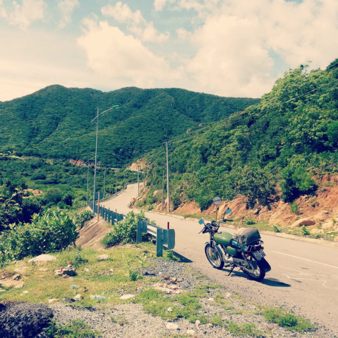 to-vinh-hy-and-beyond-on-the-smoothest-road-in-southern-vietnam