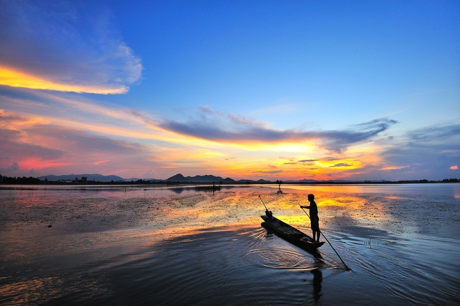 floods-bring-breathtaking-beauty-to-an-giang-5
