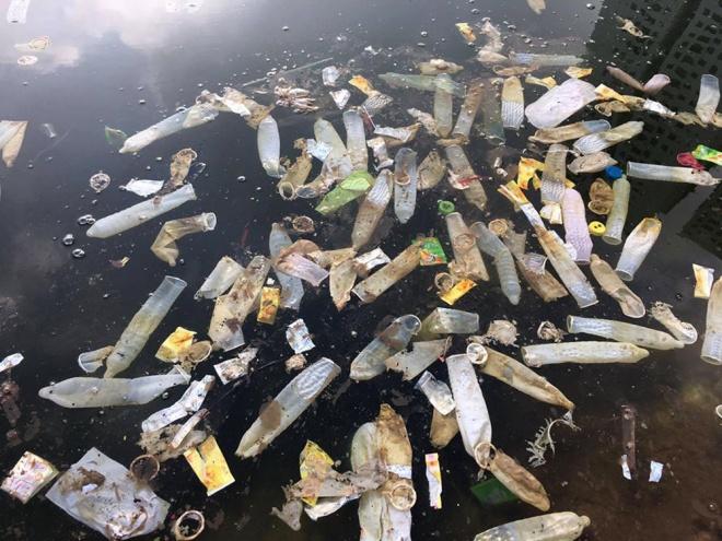 used-condoms-tampons-dumped-in-hanoi-lake-1
