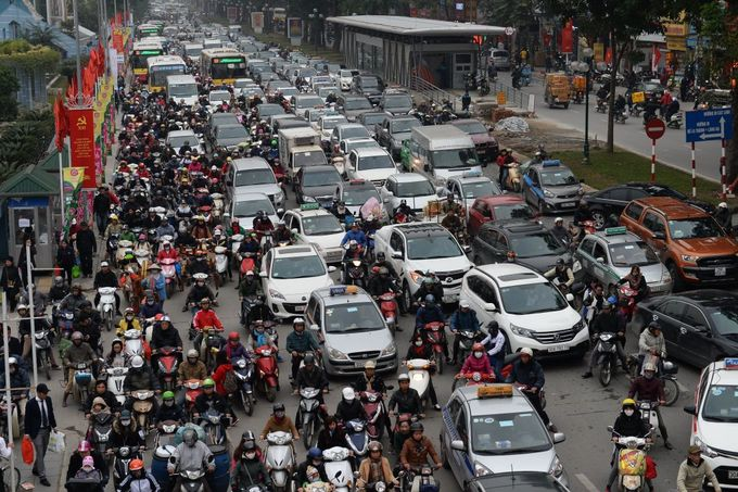 In Vietnam, traffic accidents kill more people than pandemic diseases