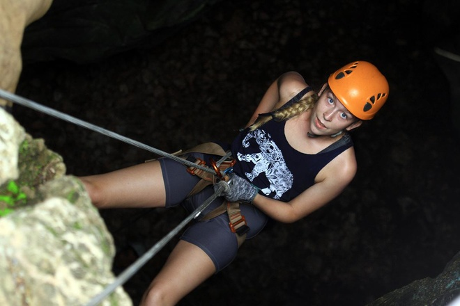 rock-climbing-in-da-nang-4