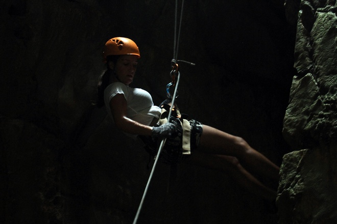 rock-climbing-in-da-nang-5