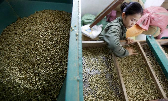 Vietnam jumps up trade rankings ladder