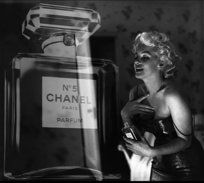 Classic Coco Chanel No 5 worn by Marilyn Monroe