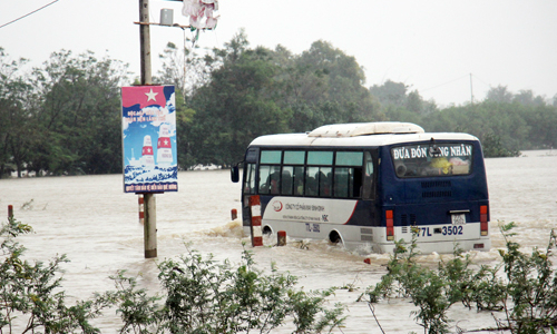Deadly floods return to central Vietnam
