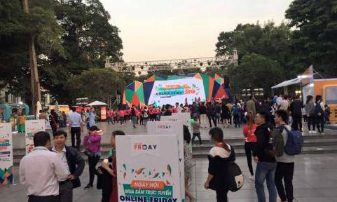 Vietnam's biggest online shopping day brings huge sales