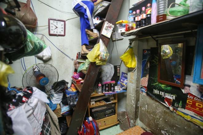 big-family-shares-tiny-house-in-ho-chi-minh-city-3