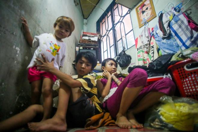 big-family-shares-tiny-house-in-ho-chi-minh-city-5