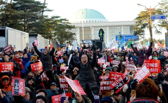 south-korean-parliament-votes-overwhelmingly-to-impeach-president-park-2