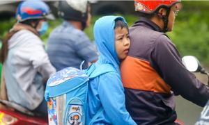 Saigon wraps up as 'cold' weather descends