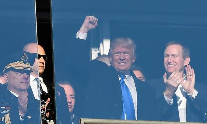 Trump delays until January announcement on his business: spokesman