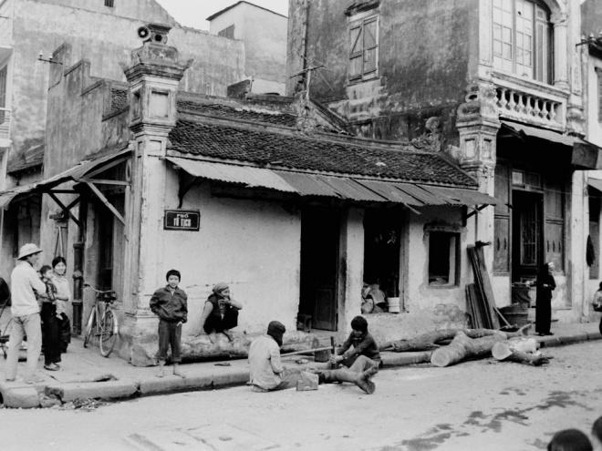 amazing-photos-tell-vivid-story-of-hanoi-in-1980s-ed-9
