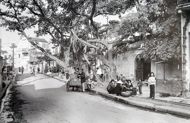 amazing-photos-tell-vivid-story-of-hanoi-in-1980s-ed-10