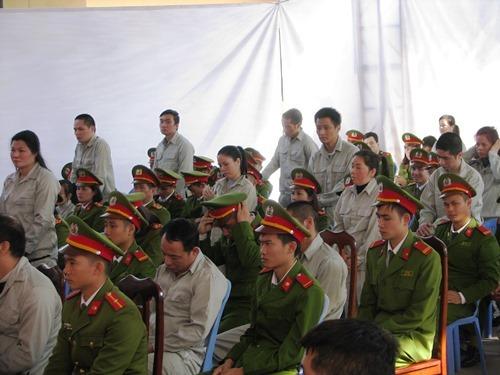 Drug ring gets life, death in northern Vietnam