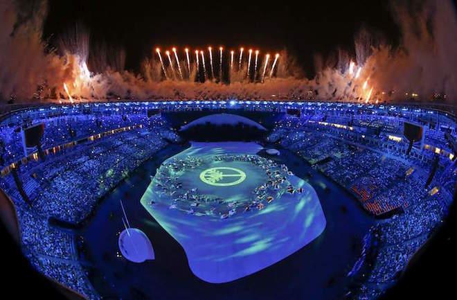 2016 Rio Olympics - Opening ceremony - Maracana - Rio de Janeiro, Brazil - 05/08/2016. Fireworks explode during the opening ceremony. Photo by Reuters/Pawel Kopczynski