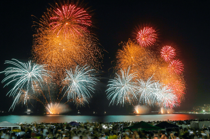 happy-new-year-fireworks-and-pictures-from-around-the-world-1