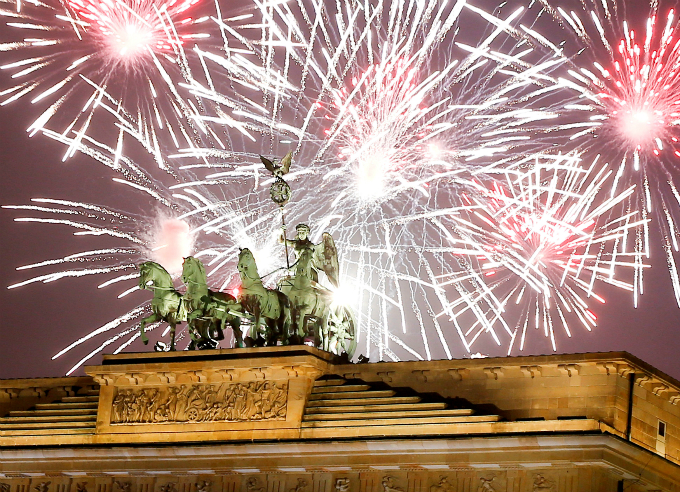 happy-new-year-fireworks-and-pictures-from-around-the-world-2