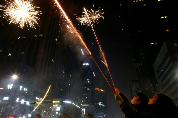 happy-new-year-fireworks-and-pictures-from-around-the-world-8
