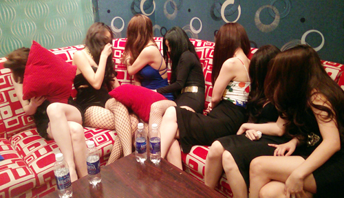 Indonesia arrests 8 Vietnamese women in prostitution crackdown: report