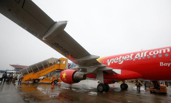 VietJet CEO says net profit to climb 30 percent in 2017