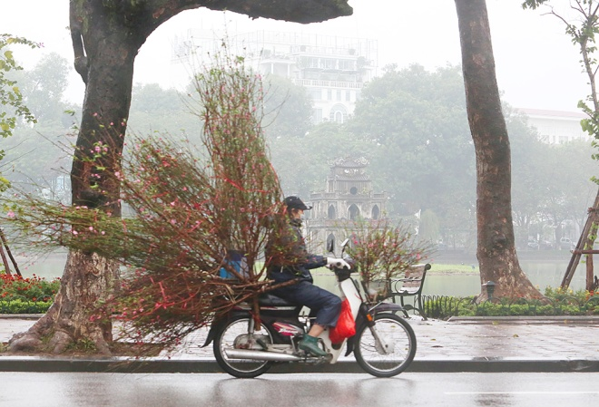hanoi-rewinds-back-to-winter-weather-in-blanket-of-fog-ed-1