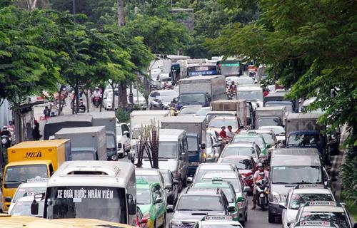 can-cable-cars-solve-traffic-headache-for-saigon-airport