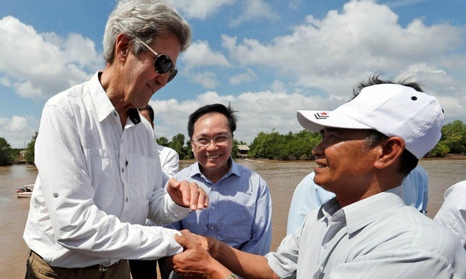 Back in the delta, US envoy Kerry meets former foe