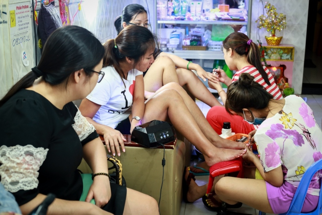 saigons-beauty-businesses-get-busy-for-tet-1