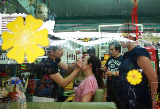 saigons-beauty-businesses-get-busy-for-tet-3