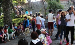 Chinese tourists remain key driver of Vietnam's tourism boom