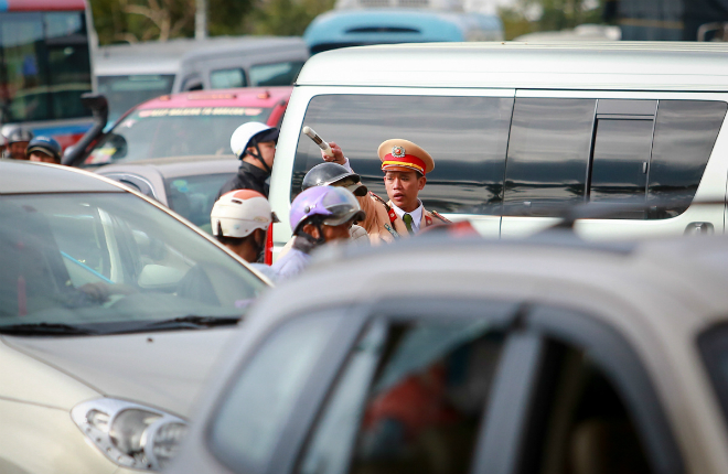 peaceful-da-lat-becomes-congested-as-vietnams-tet-holiday-ends-ed-4