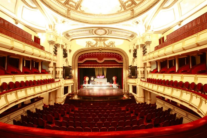 Inside the Opera House, the main auditorium. Photo courtesy of the official website of Hanoi Opera House