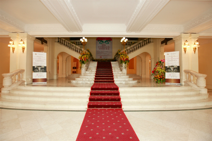 Hanoi Opera Houses central hall.