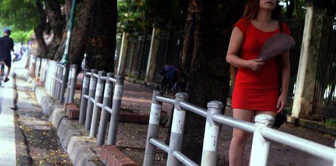 Hanoi announces biggest prostitution crackdown ever