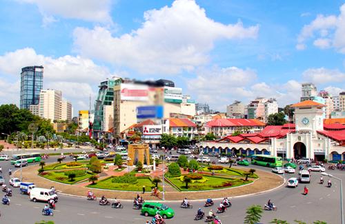 Saigon to sacrifice public space near iconic market to make way for metro station