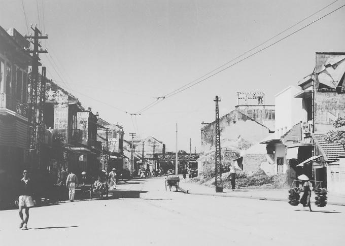 hanoi-after-the-war-began-11